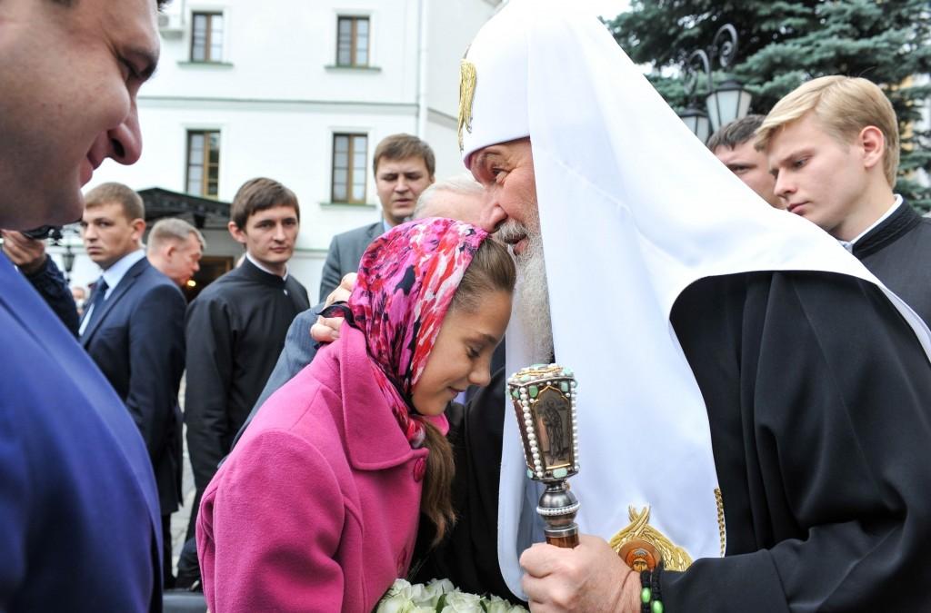 Патриарх Кирилл встретился с детьми воинов, погибших в локальных конфликтах