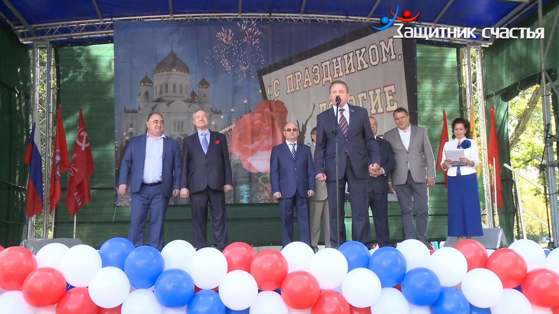 Большой праздник в Рязанском районе (10 сентября, открытие Аллеи Славы и День города)