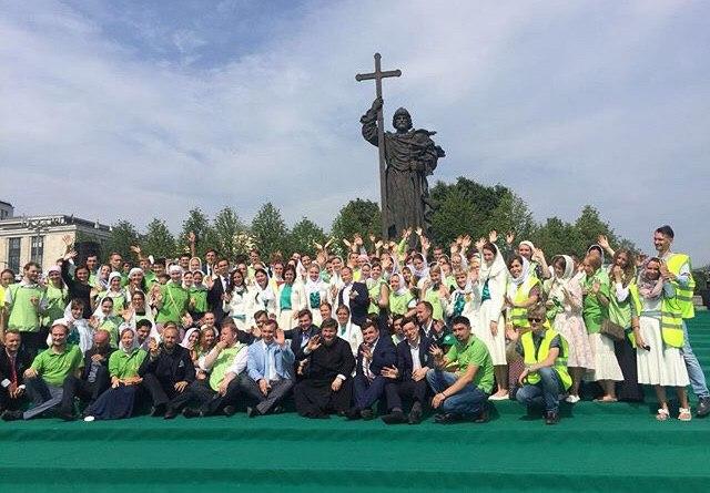 Богослужение с Патриархом Кириллом