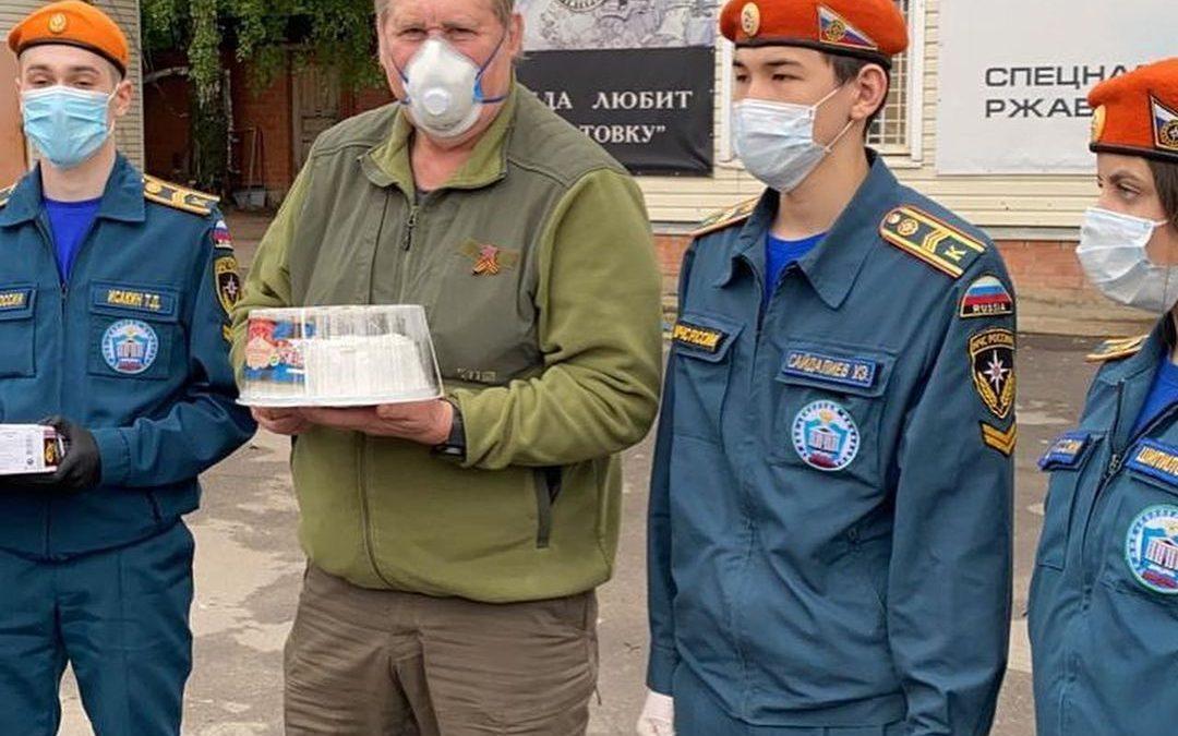 В день защиты детей развезли торты деткам