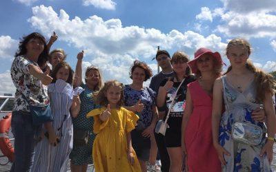 Экскурсия по Москве реке на теплоходе Редиссон