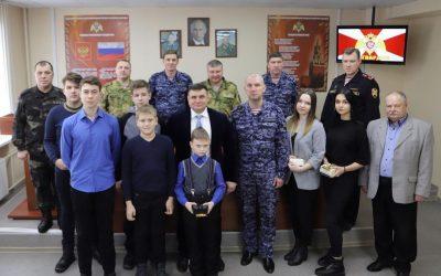 В Перми дети погибших сотрудников и военнослужащих Росгвардии получили подарки